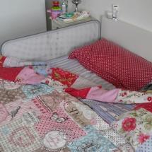 Familienbett mit Rausfallschutz