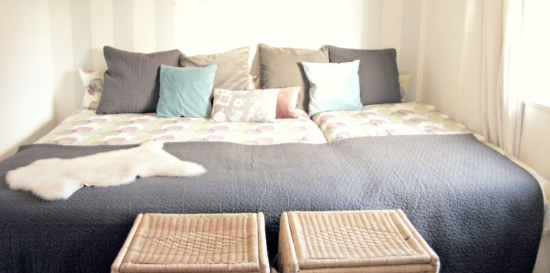 familienbett aus kallax regalen einfach selber machen. Black Bedroom Furniture Sets. Home Design Ideas